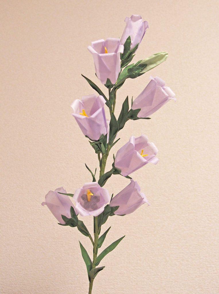 折り紙立体お花作品「カンパニュラ」